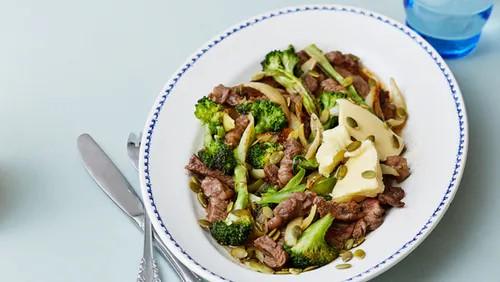 Steak & broccoli stir fry